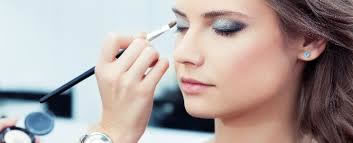 make up artistry courses